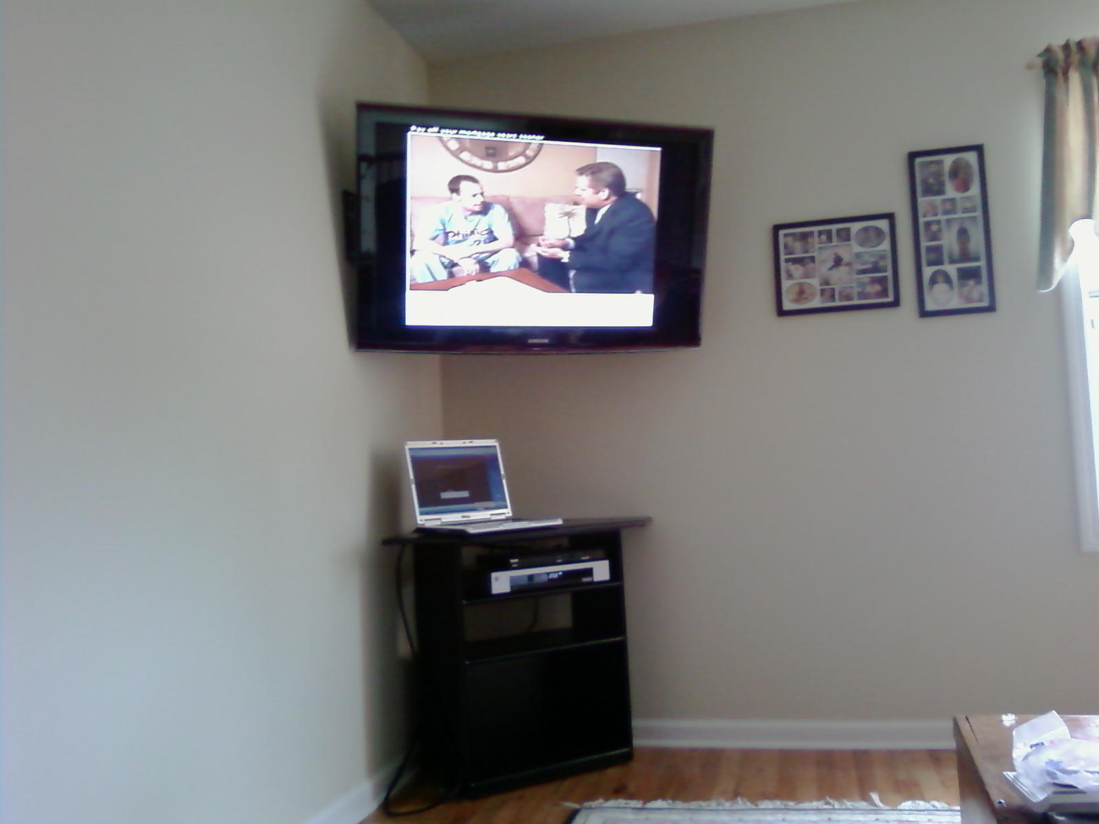 branford ct tv install in corner hooked up to a computer