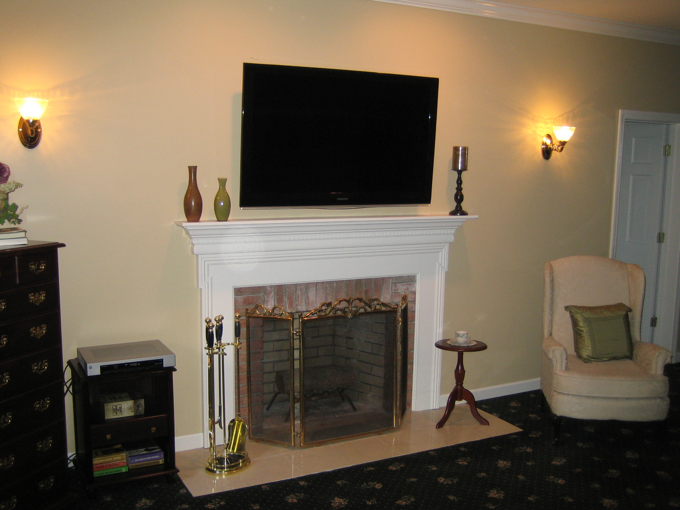 Clinton ct mount tv above fireplace home theater for Tv over fireplace