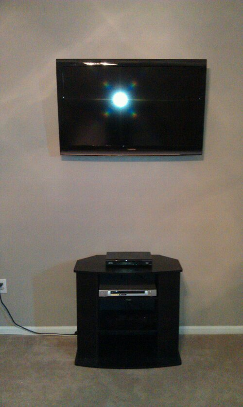 Roxbury, CT   TV Install On Wall
